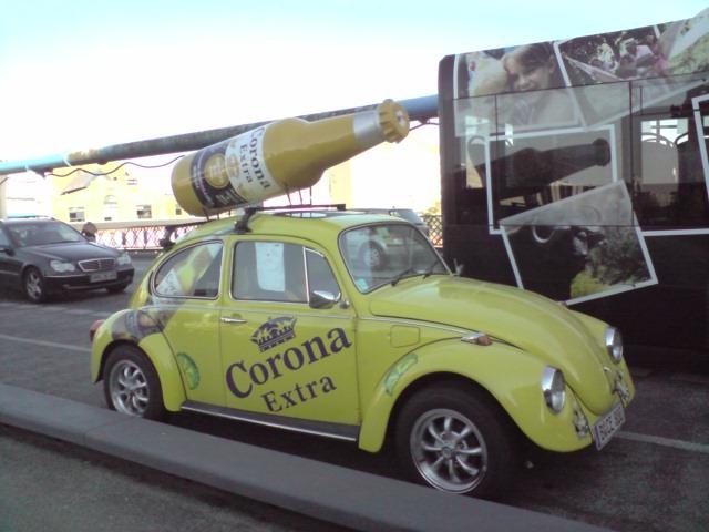 Corona extra VW Beetle, Berlin