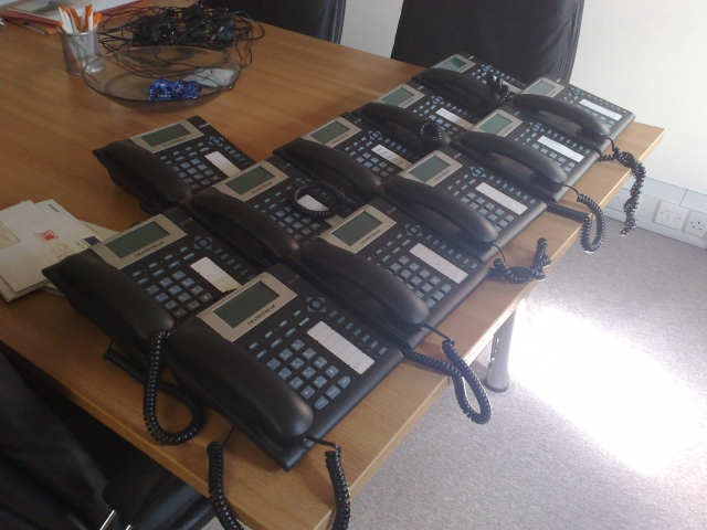 many grandstream ip phones