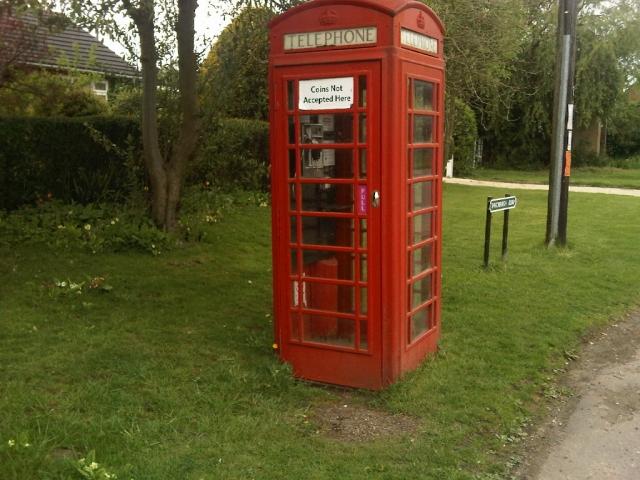 Old Red Telephone Box, Priors Marston