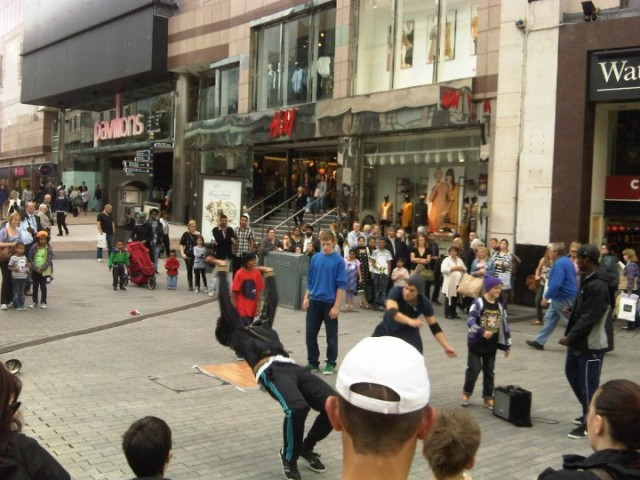 Street Dancer, Birmingham High Street
