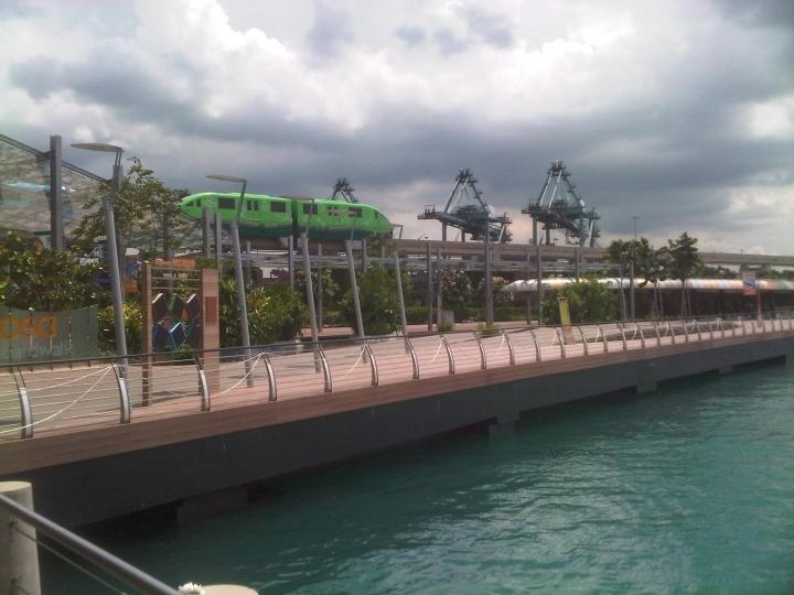 Sentosa Boardwalk and Skytrain, Singapore