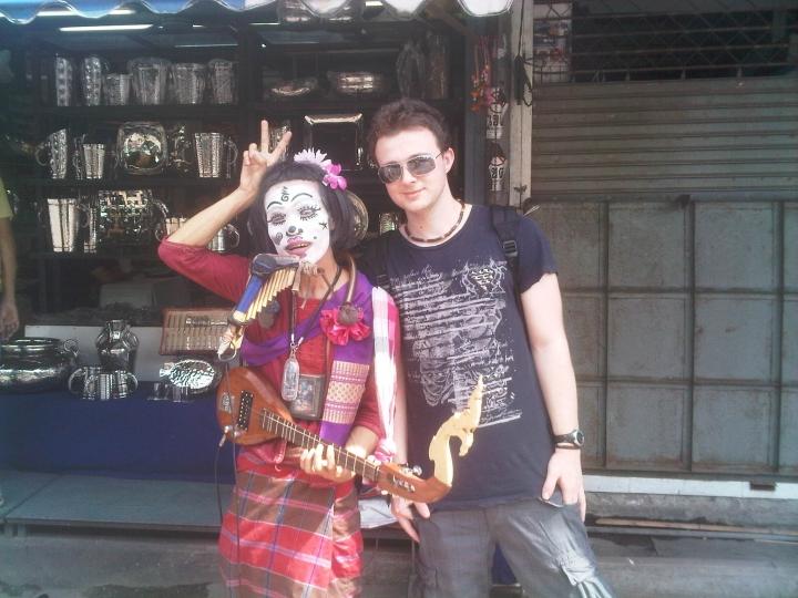 Street Musician, Pratunam Market, Bangkok